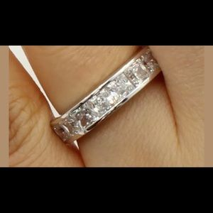 Certified 1.25 ct Mossainte ring. Ships next day